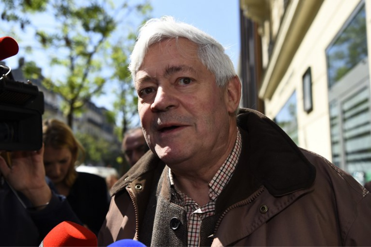 Assistants présumés fictifs d'eurodéputés FN: Bruno Gollnisch (RN) mis en examen
