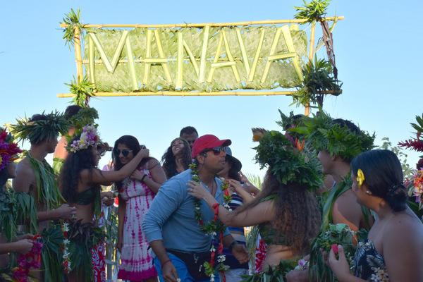 Le Paul Gauguin fait escale à Vairao pour la première fois
