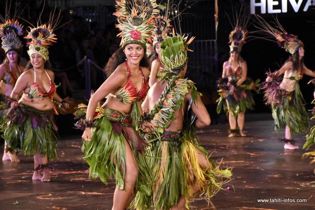 "Heiva i Tahiti : la prestation de ""Teahinui"" en photos"