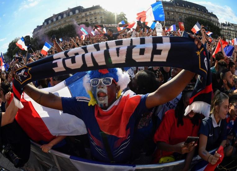 La finale de la coupe du monde FIFA 2018 sera diffusée en direct sur grand écran, dimanche matin, place Vaiete à Papeete. (Photo : Eric FEFERBERG / AFP).