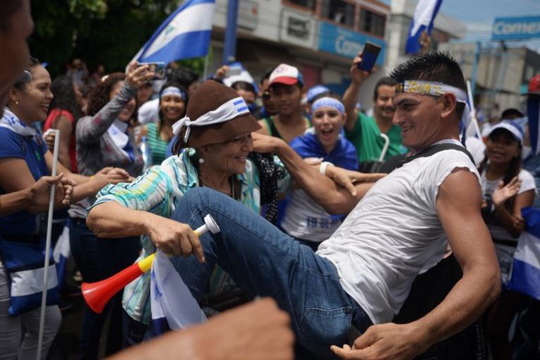 Nicaragua : l'opposition a défilé pour exiger le départ d'Ortega, 5 morts