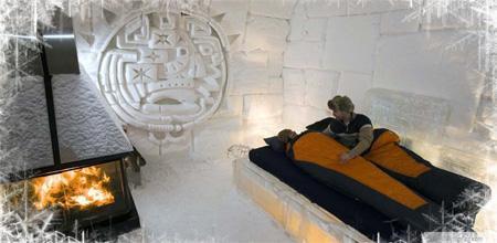 Chaque année, l'hôtel de Glace est redessiné ce qui en fait une expérience unique à chaque hiver.