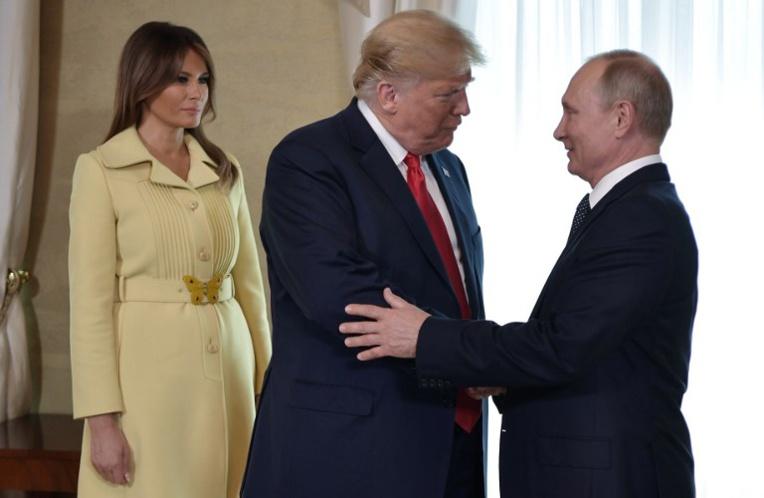 """Trump espère aboutir à une relation """"extraordinaire"""" avec Poutine"""