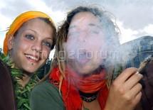Cannabis : deux fois plus de problèmes mentaux chez les fumeurs
