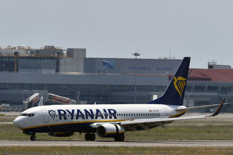 Hôtesses et stewards de Ryanair en grève en Europe mercredi et jeudi