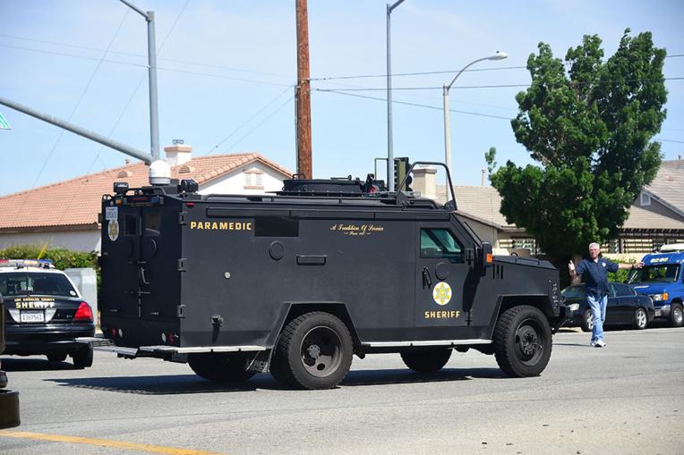 Prise d'otages dans un supermarché à Los Angeles: un mort