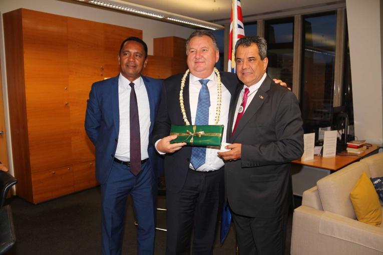 Un entretien s'est également déroulé, dans l'après-midi, avec le ministre néo-zélandais en charge du développement régional, Shane Jones.