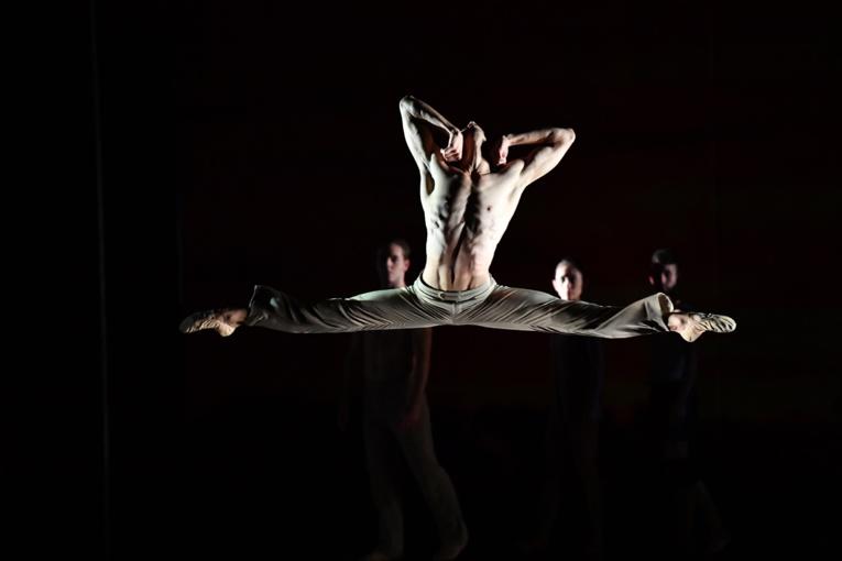 Le soliste Mikaël Champs de passage au fenua va animer un stage de danse
