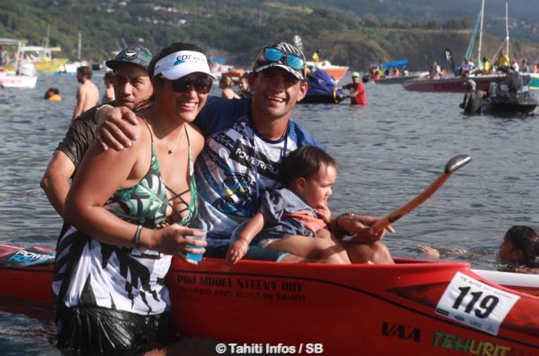 Steeve Teihotaata et sa petite famille