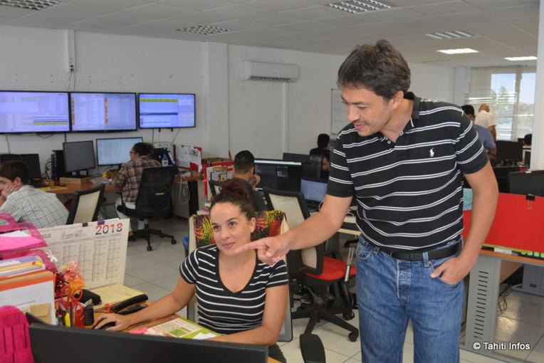 Philippe Wrzecionek, directeur technique de Vodafone, travaille avec son équipe de spécialistes pour assurer la meilleure connexion possible à ses clients.