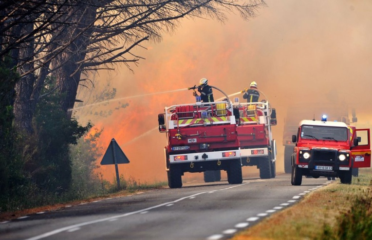 Incendies dans l'Hérault: un pompier volontaire et un de ses amis présentés à un juge