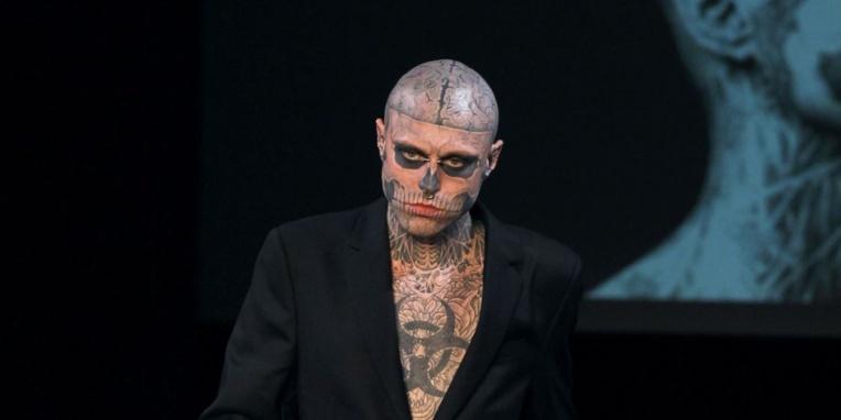 Le mannequin tatoué Zombie Boy retrouvé mort à l'âge de 32 ans