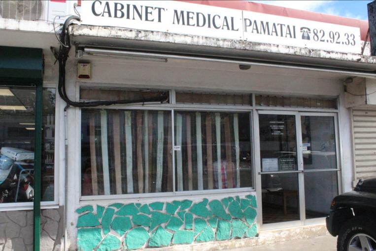 C'est en sortant du cabinet médical que le taote s'est fait agresser à Pamatai, dimanche soir.