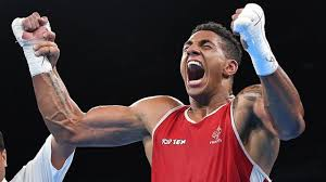 "Boxe - Tony Yoka ""étourdi""? Verdict imminent sur sa suspension"