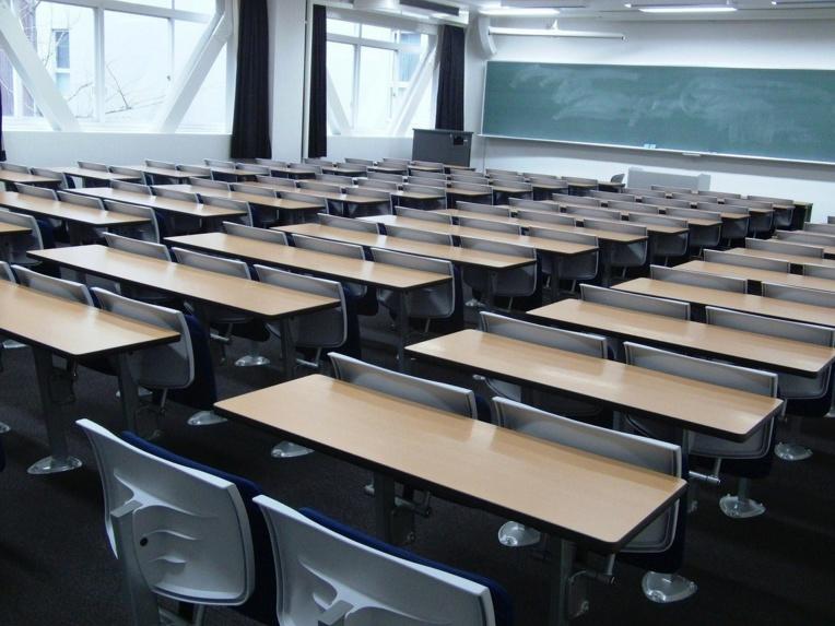 """""""Repeat after me"""": bientôt des robots-profs d'anglais dans les classes japonaises"""