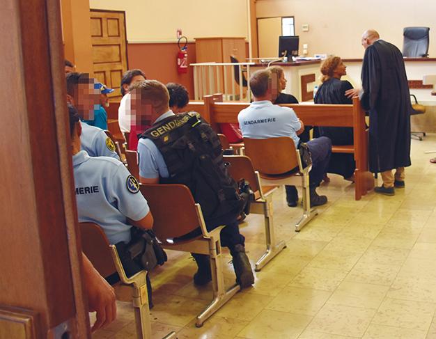 Condamné à 15 mois de prison ferme pour avoir tabassé sa femme enceinte
