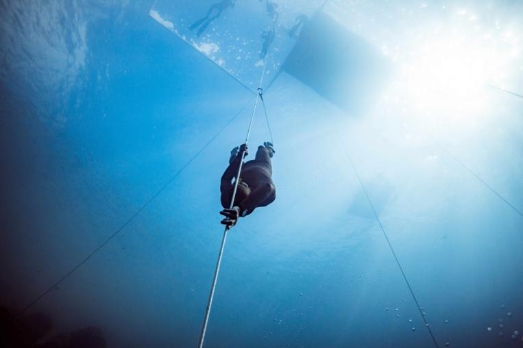 Denis a pu atteindre -93 mètres sans palmes © Alex St Jean