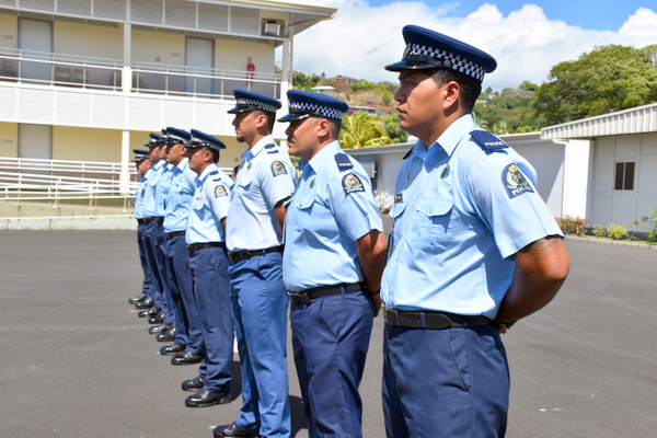 Huit policiers des Iles Cook formés par le RIMaP