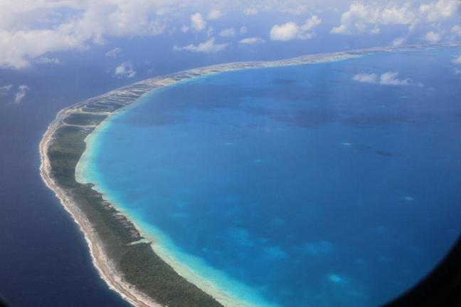 Et puis chacun retrouve sa vie, le capitaine Punua son atoll des Tuamutu