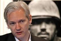"""Les hackers partisans de WikiLeaks lancent une """"guerre du net"""""""