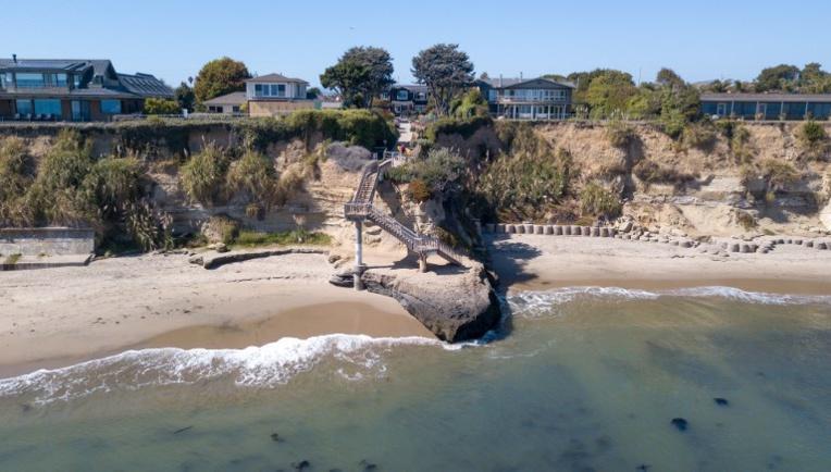 En Californie, la plage appartient à tout le monde, mais un peu plus aux riches