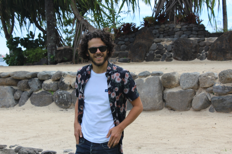 Michaël Gregorio espère bien aller surfer quelques vagues à Tahiti.