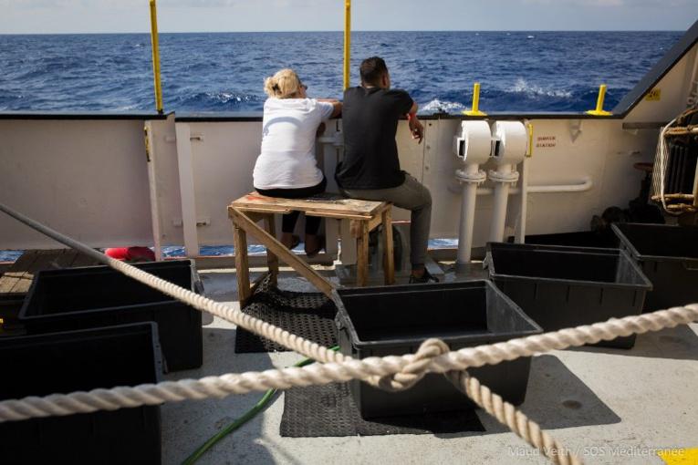 Un collectif italien envoie un bateau témoigner du drame des migrants