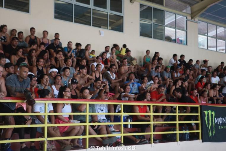 Le public est venu nombreux au gymnase de Arue