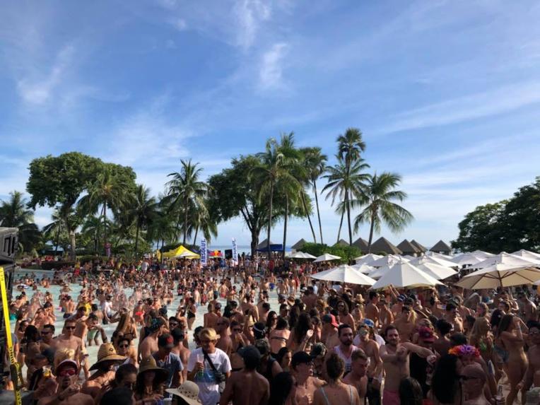 """Le premier concert en mode """"pool party"""", avec Major Lazer, a réuni pas moins de 1 200 personnes en mars dernier, dans l'exceptionnel cadre du Méridien Tahiti."""