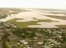 Australie: des digues cèdent, les inondations s'accentuent dans le sud