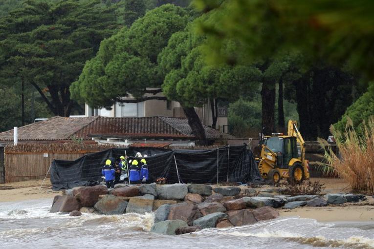 Violents orages et inondations dans le Var: deux personnes noyées dans un véhicule emporté en mer (MAJ)