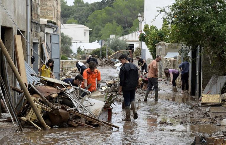 Trois personnes encore disparues à Majorque après les inondations meurtrières