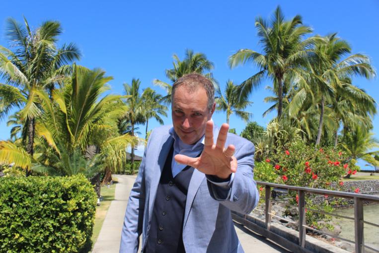 L'hypnotiseur québécois Messmer revient sur la scène de To'ata, vendredi 19 octobre prochain.