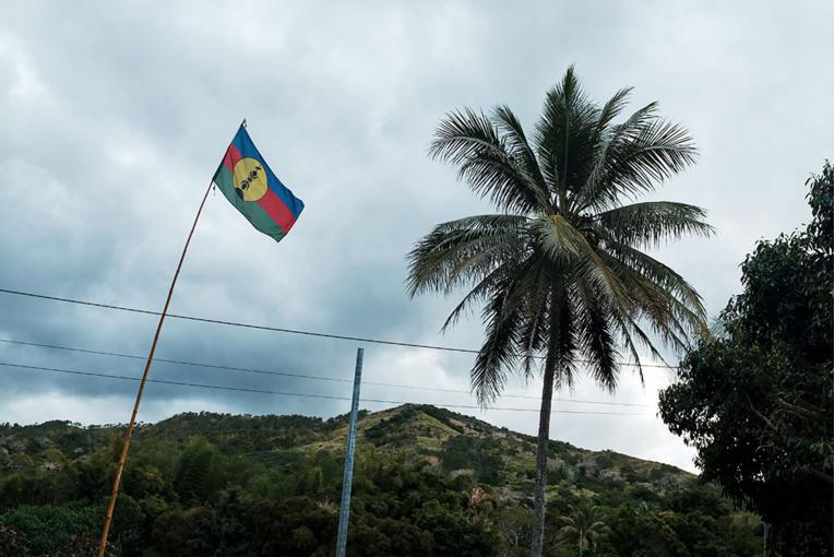 """Référendum en N-Calédonie: le comité des sages appelle à la """"modération"""""""