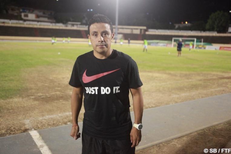 Efrain Araneda, coach de Central