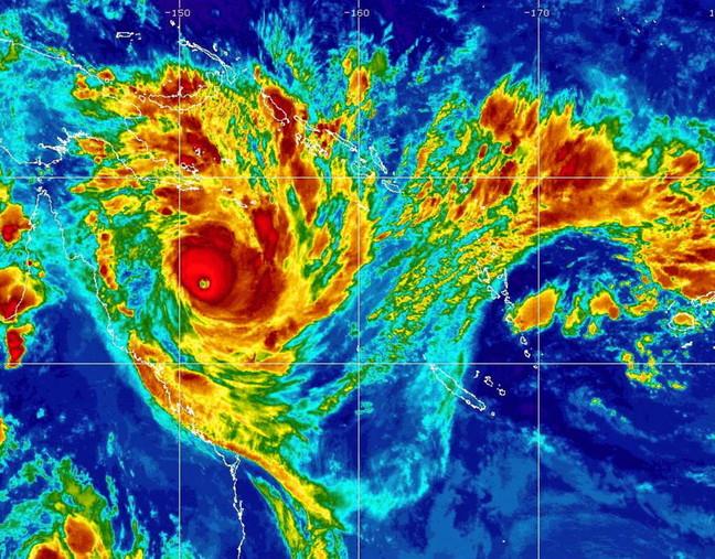 """L'Australie frappée par ce qui pourrait être le """"pire"""" cyclone de son histoire"""
