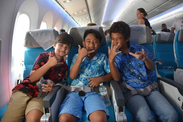 Baptême de l'air en Dreamliner pour une centaine d'enfants