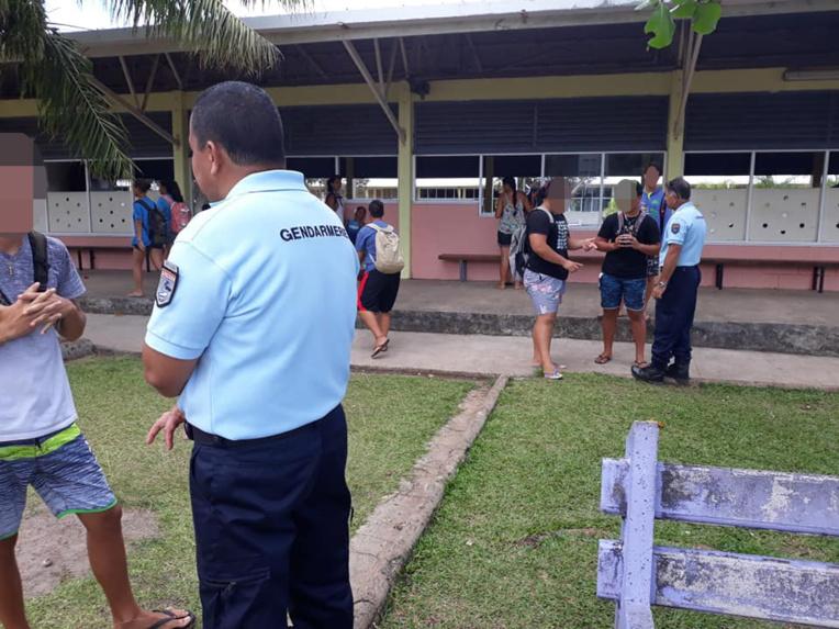 Les gendarmes et les policiers municipaux de Uturoa ont rencontré, mercredi les élèves des deux lycées. L'objectif était de revenir sur les risques que ces jeunes encourent s'ils provoquent des bagarres.