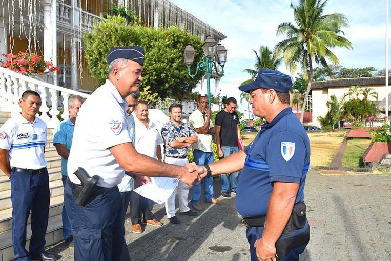 Formation pour les brigades motorisées : un agent de Faa'a major