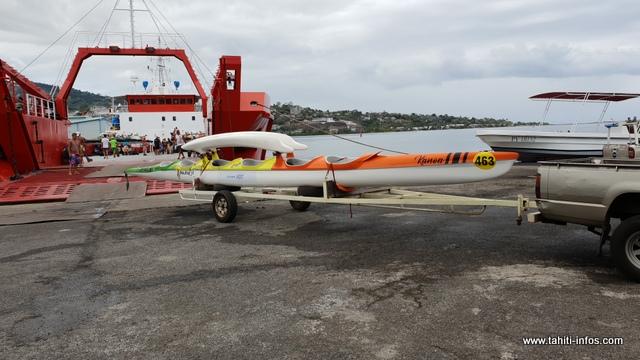 Il faut deux rotations entre Tahiti et Huahine pour que tous les vaa des équipes de Tahiti arrivent à bon port.