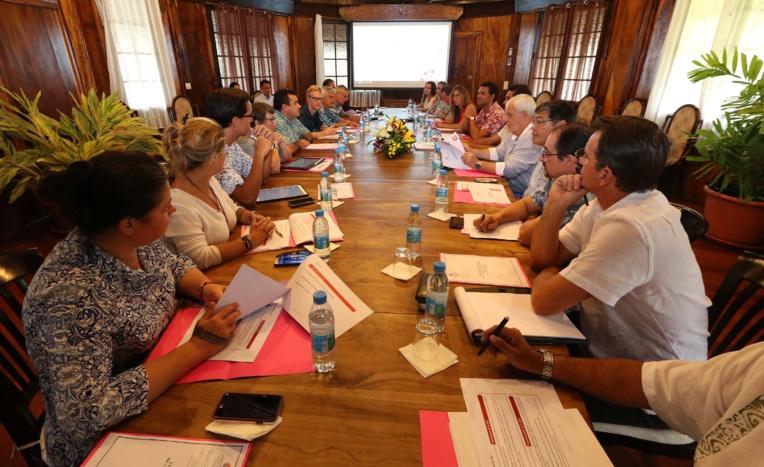 Le Pays ouvre le débat sur la taxe de développement local