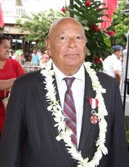 Alban Ellacott avait été nommé Chevalier de l'ordre de Tahiti nui en juin 2014.