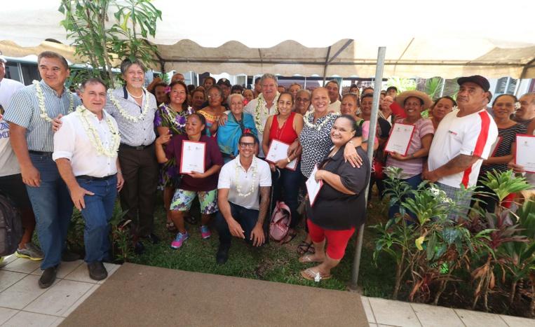 Logement : aide en matériaux pour 121 familles et remise de clés pour 8 fare OPH