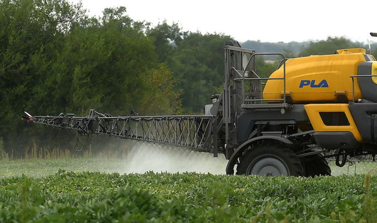 Pesticides: l'Anses interdit les produits à base de métam-sodium