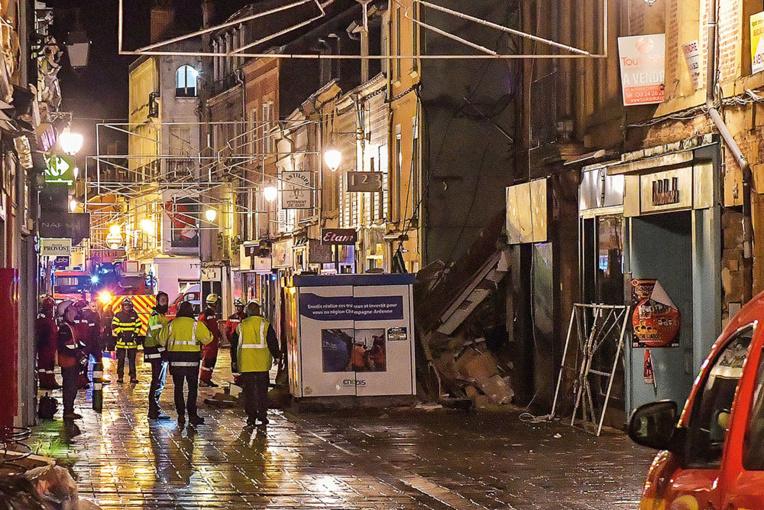 Un immeuble s'effondre dans le centre ville de Charleville-Mézières, pas de victime