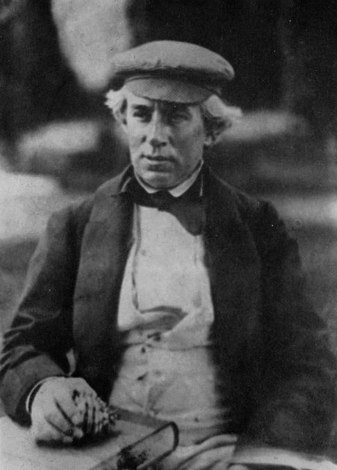 Lovell Augustus Reeve fut l'un des scientifiques qui étudia et décrivit le plus de spécimens ramenés par Hugh Cuming.