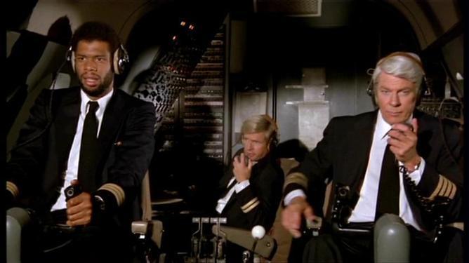 """Image tirée du film """"Y-a-t-il un pilote dans l'avion?"""""""