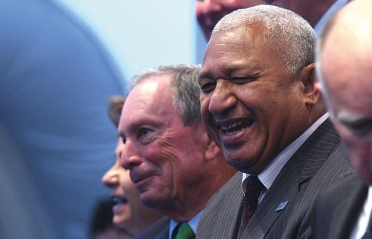 Fidji: le Premier ministre sortant remporte de justesse les législatives