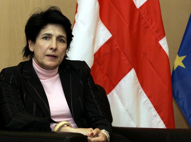 L'ex-diplomate Salomé Zourabichvili élue première femme présidente de Géorgie