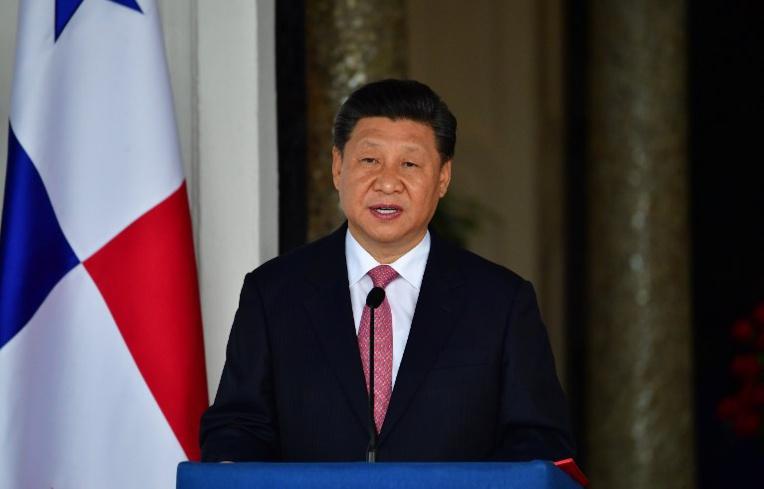 Xi Jinping arrive au Portugal, pays rendu à l'investissement chinois